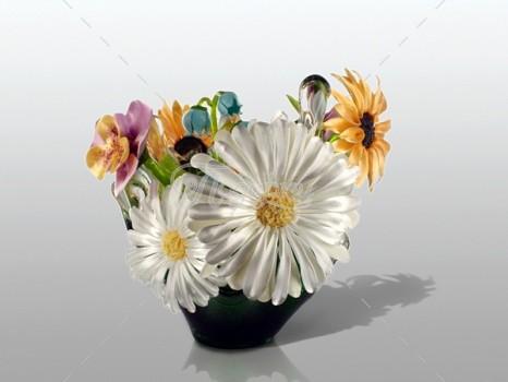 Ваза с полевыми цветами