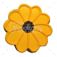 Большой желтый цветок