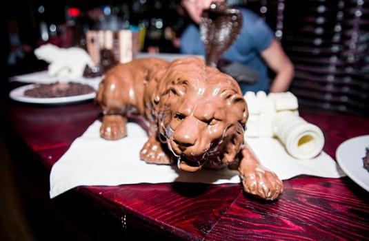 Шоколадный лев