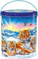 Новогодний подарок с конфетами Амурский тигр