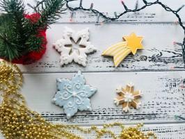 Снежинки и звезда