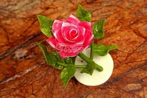 Роза на рассвете сатин